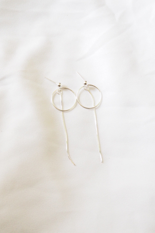 Circle Dangle Earstuds