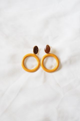Roundy Earstuds (Mustard)