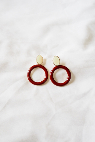 Roundy Earstuds (Maroon)