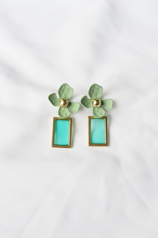 Layla Flower Earstuds (Green)