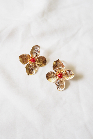 Evonne Flower Earstuds (Red)
