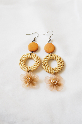 Chiffon Flower Rattan Earrings (Caramel)