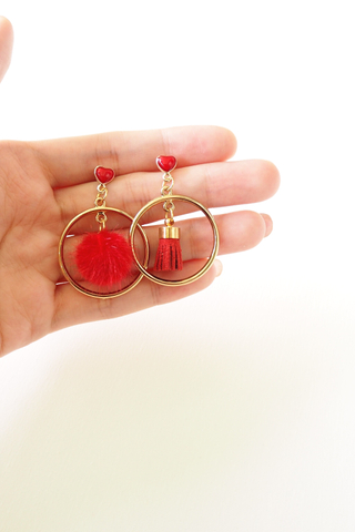 Mismatched Hearty Earstuds (Red)