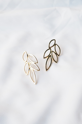 Leaf Cut Out Earstuds