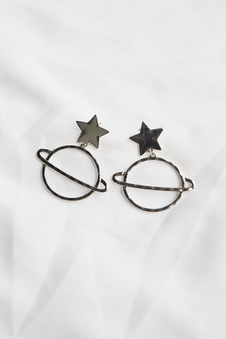 Star & Planet Earstuds (Silver)