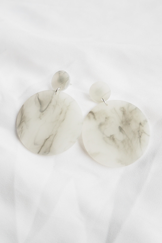 Relyn Earstuds (White)