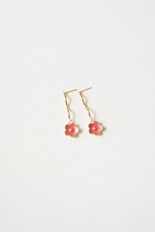 Floral Wavy Earstuds (Pink)