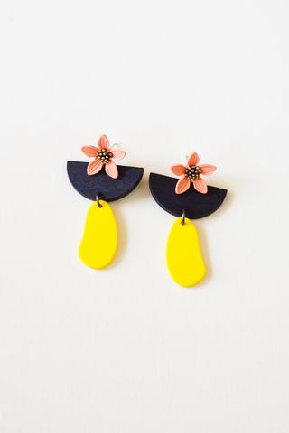 Flower Geometric Earstuds (Navy)