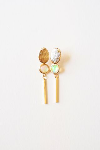 Iridescent Dangle Earstuds