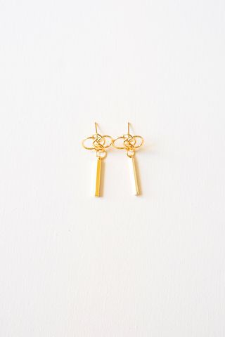 Knot Dangle Earstuds