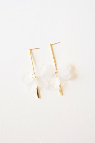 Petal Dangle Earstuds