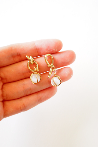 Knotted Gem Earstuds