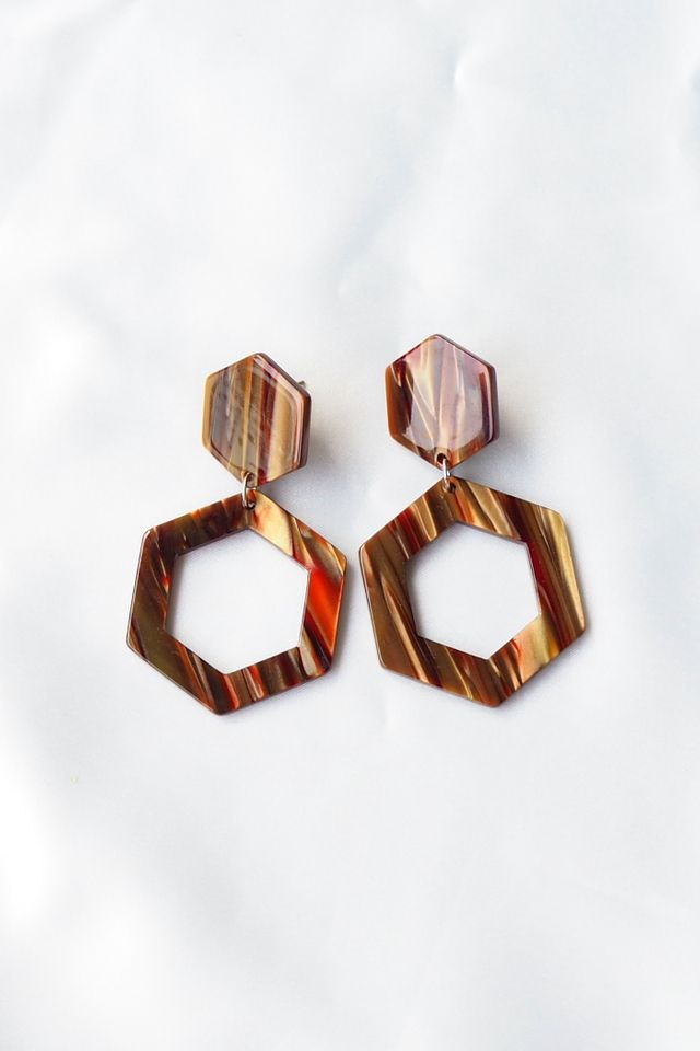 Stripey Hexagon Earstuds (Brown)