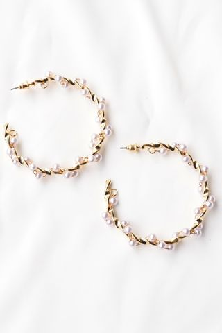 [Backorder] Pearl Intertwined Hoops (Gold)