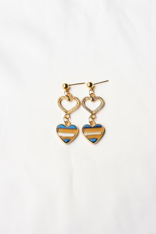 Small Heart Earstuds (Blue)