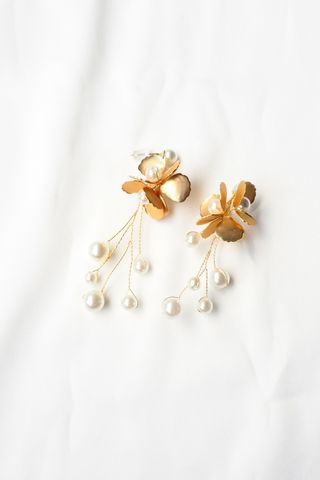 Chriselle Flower Earstuds