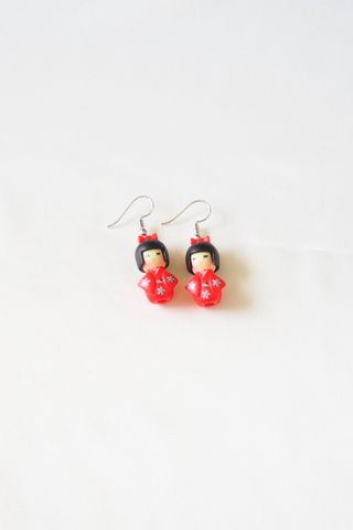Kimono Girl Earrings (Red)
