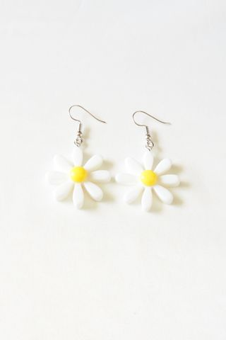 Daisy Earrings (White)