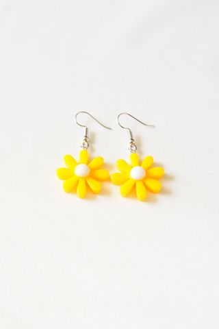 Mini Daisy Earrings (Yellow)