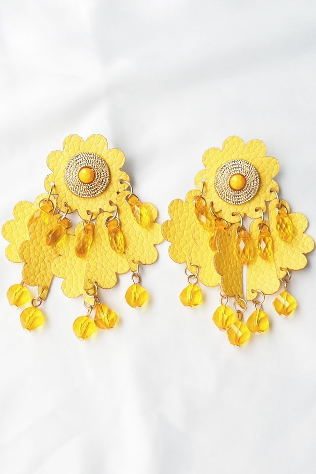 Gretchen Earstuds (Yellow)