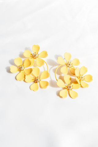 Maya Flower Earstuds (Yellow)