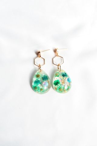Shirlyn Flower Earstuds (Green)