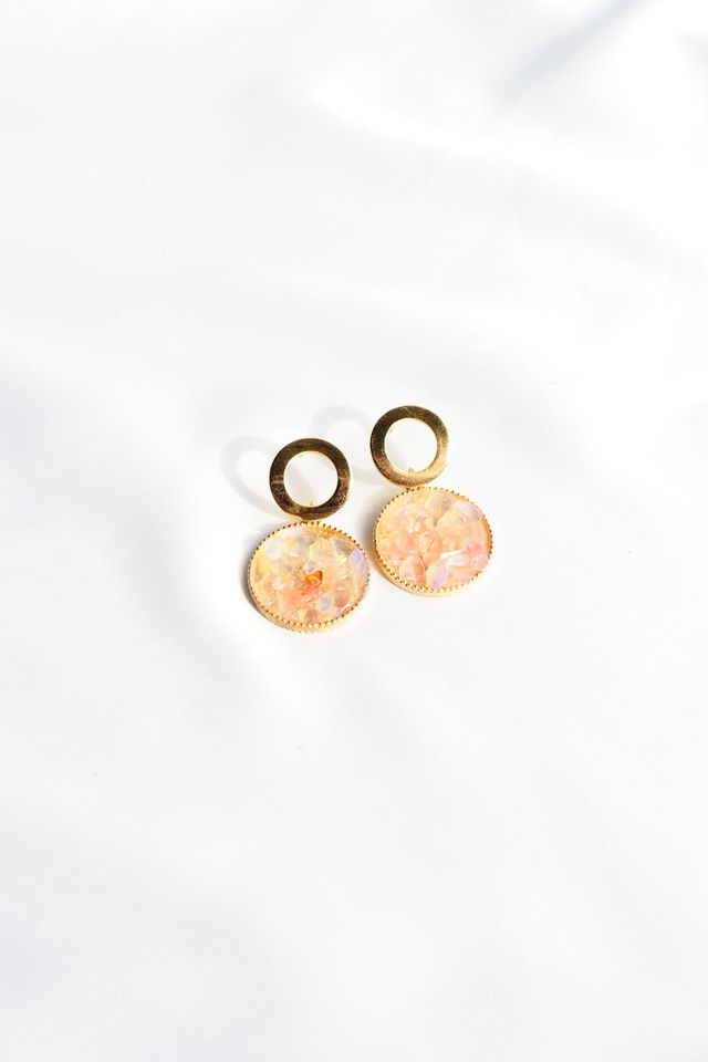 Mineral Earstuds (Pink)