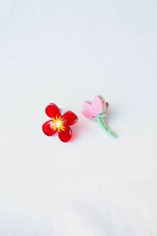 Abstract Blooms Earstuds (Red)