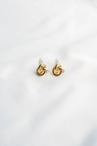 Mini Knot Earstuds (Gold)
