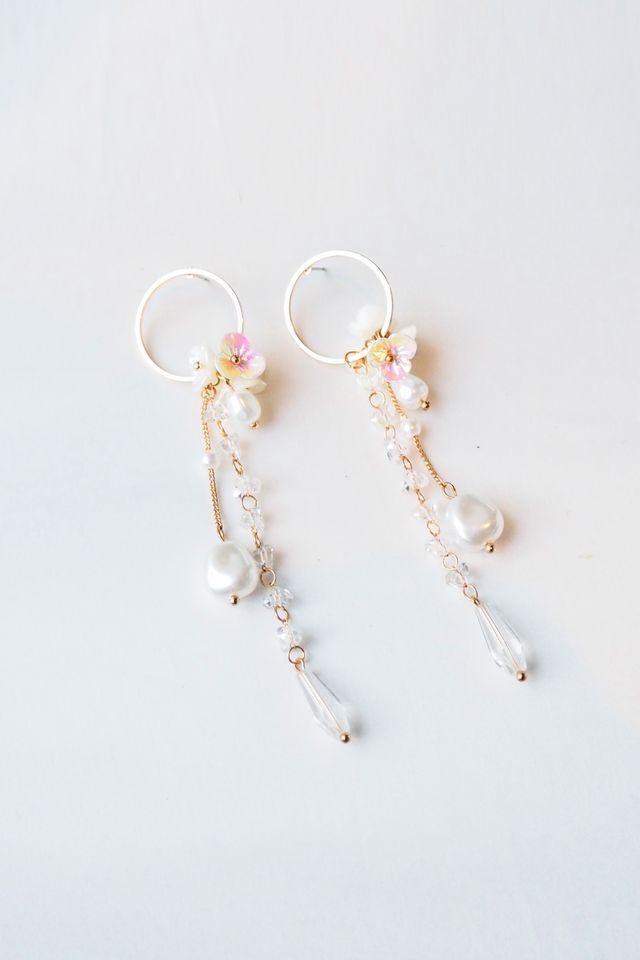 Calista Flower & Pearl Dangle Earstuds