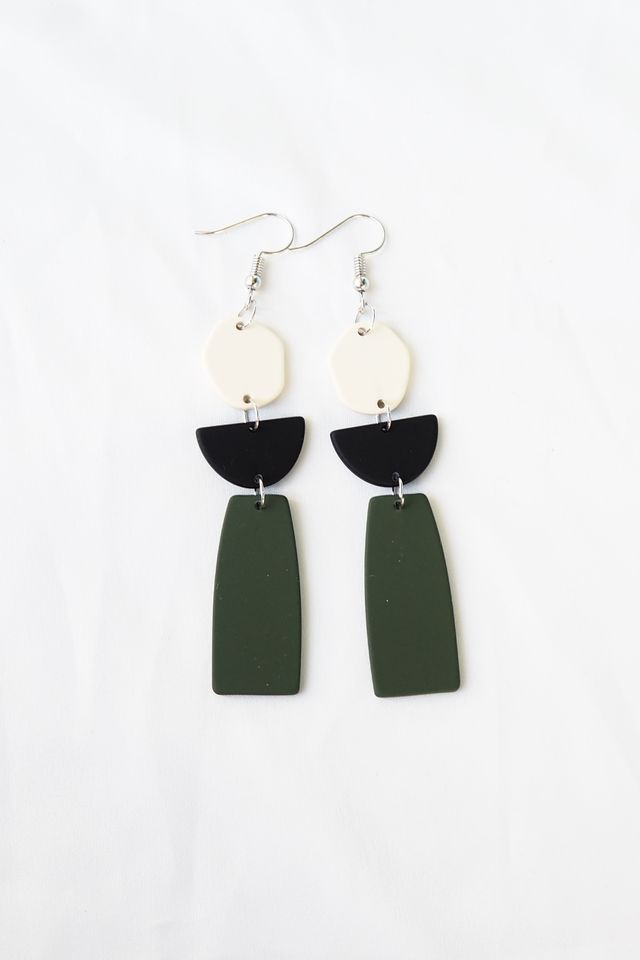 Muni Earrings (Olive)