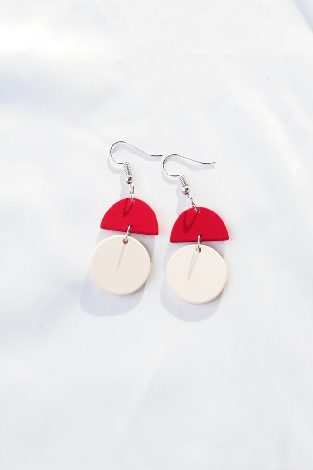 Sooj Earrings (Red)