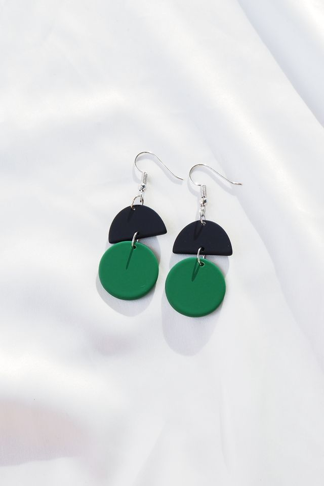 Sooj Earrings (Green)