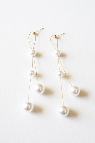 Pearly Earstuds
