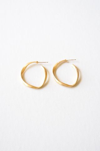 Basic Matte Hoops (Gold)