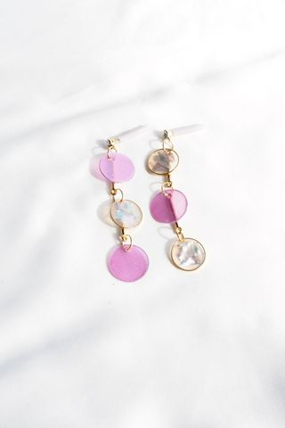 Layered Mismatched Shell Earstuds (Purple)