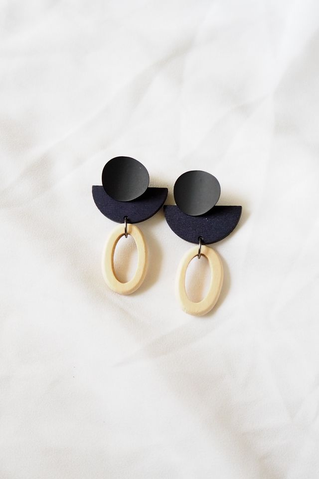 Eris Wood Earstuds (Navy)