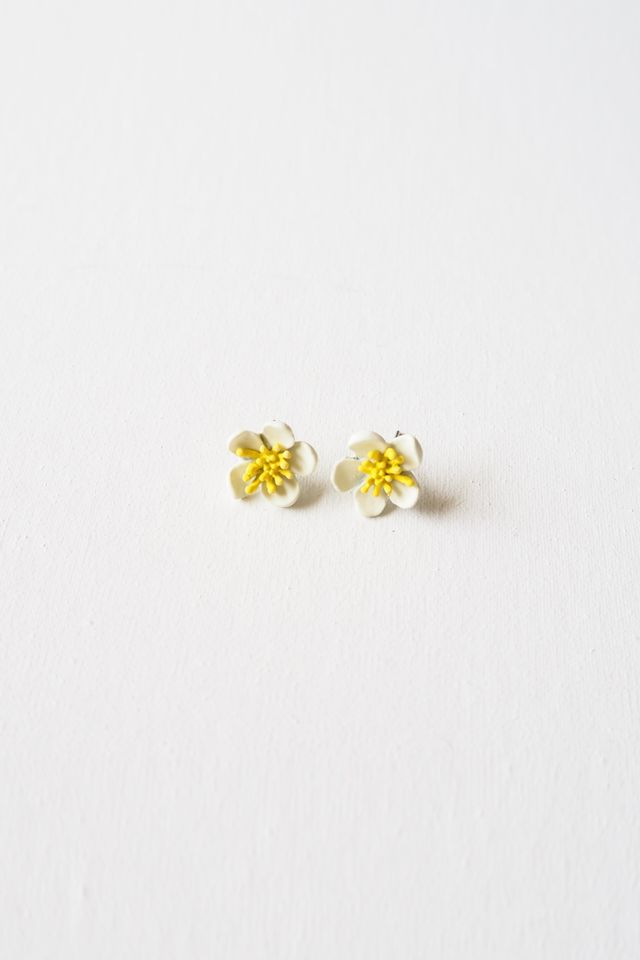 2 Way Mini Flower Earstuds (White)