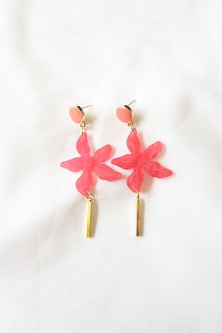 Kris Flower Dangle Earstuds