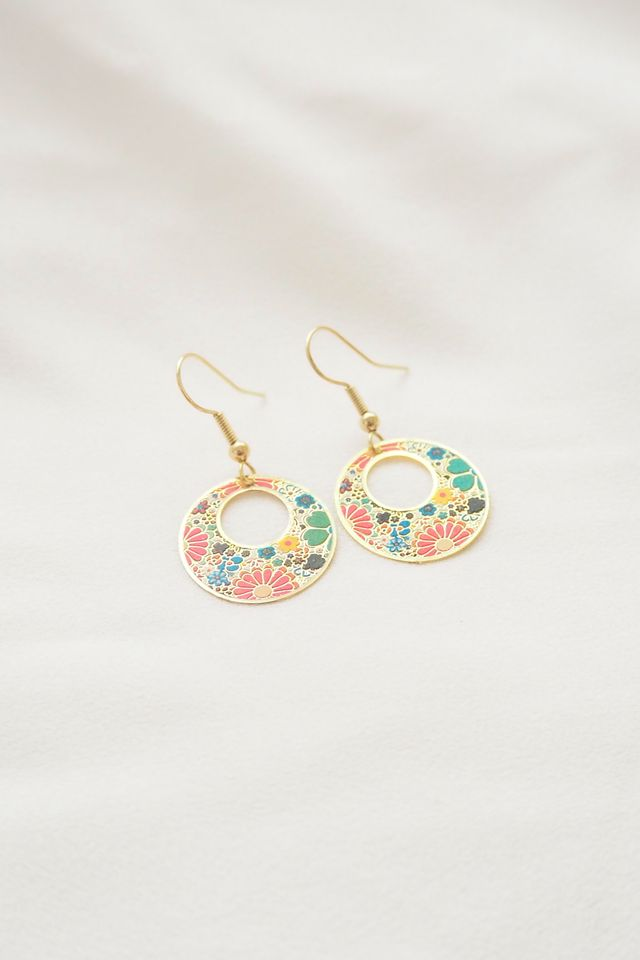 Mini Oriental Earrings (Cream)