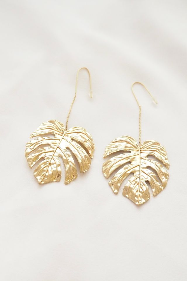 Textured Leafy Hooks (Gold)