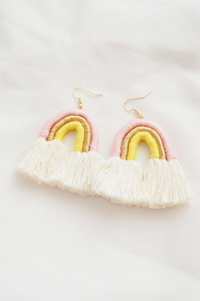 Rainbow Macramé Earrings (Pink)