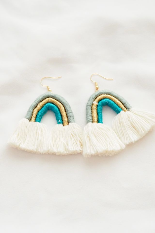 Rainbow Macramé Earrings (Teal)