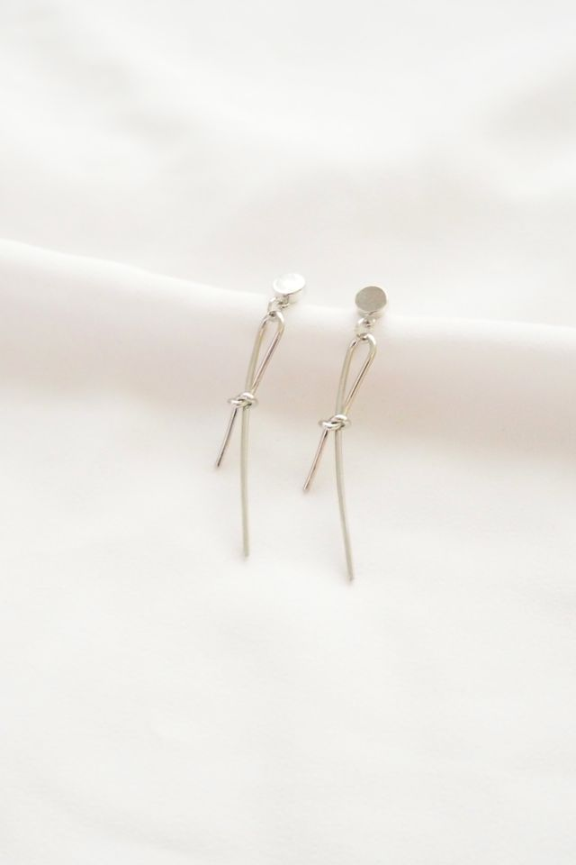 Simple Knot Earstuds