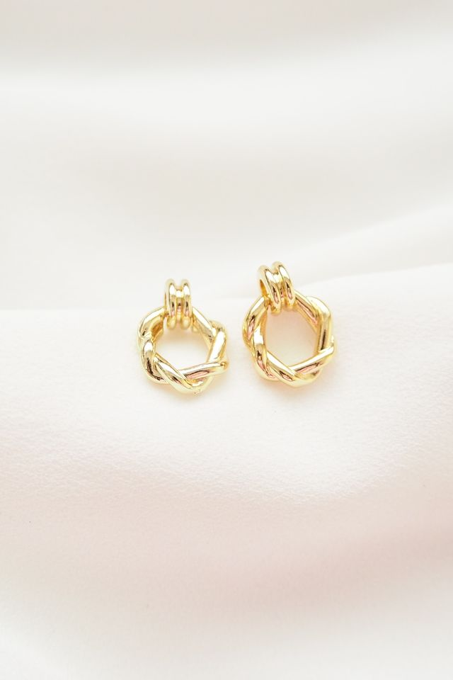 Kira Mini Earstuds in Gold