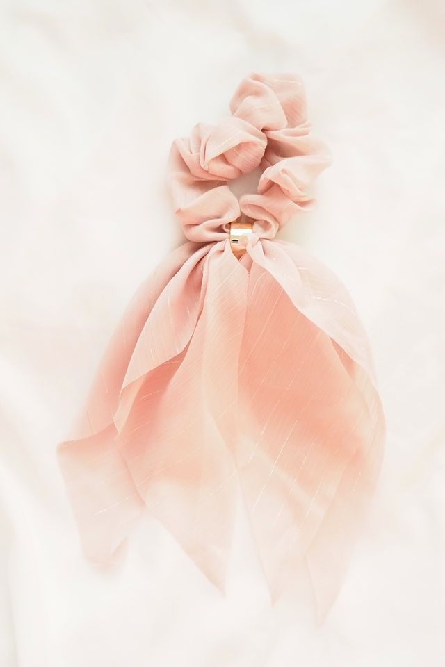 Ribbon Scrunchie (Pink)