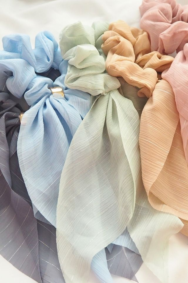 Ribbon Scrunchie (Blue)