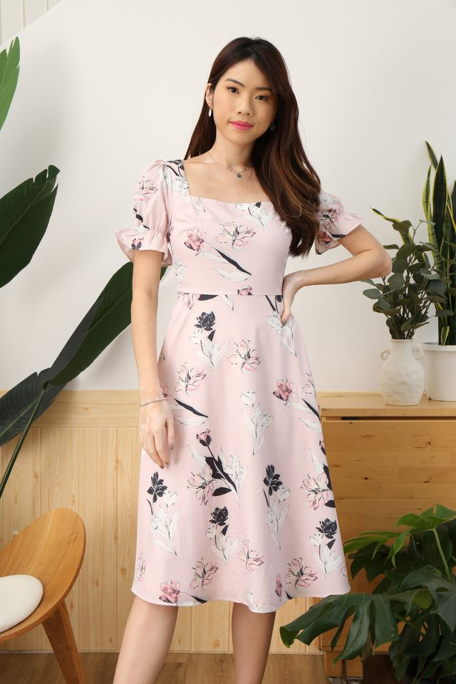 Emma Floral Midi in Pink
