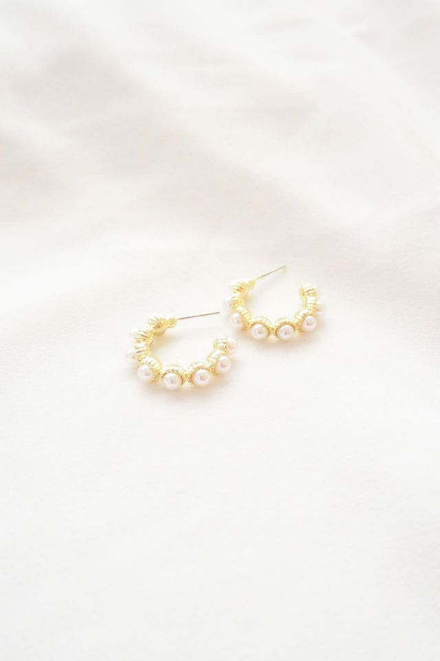 Giselle Mini Pearl Hoops