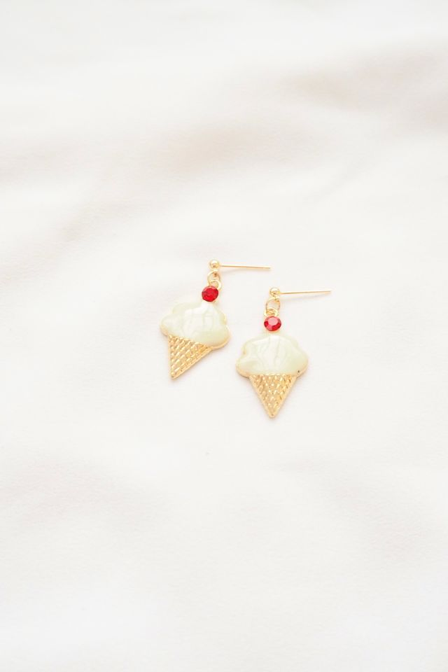 Mini Ice Cream Earstuds